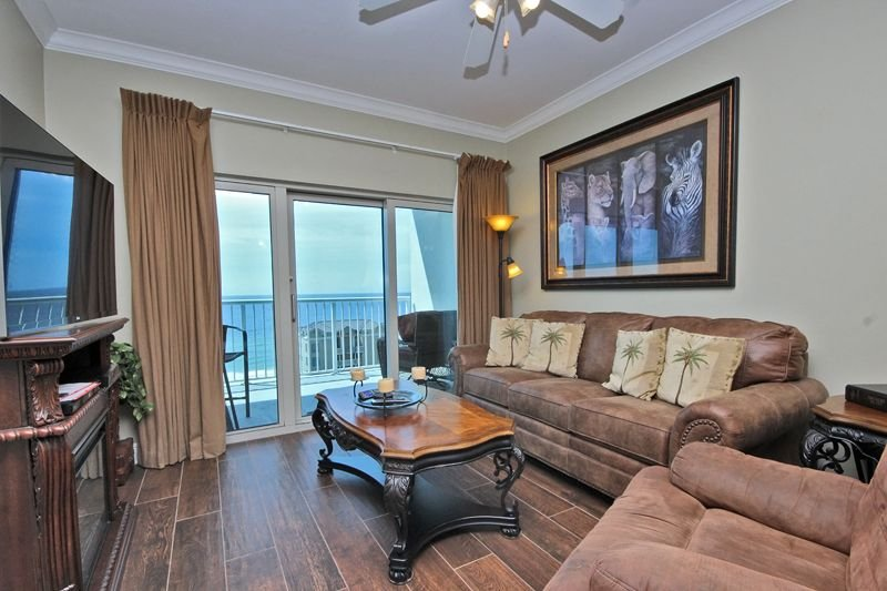 Crystal Tower 1205 - Beautiful 2 bedroom 2 bathroom, gorgeous furnishings!, location de vacances à Gulf Shores