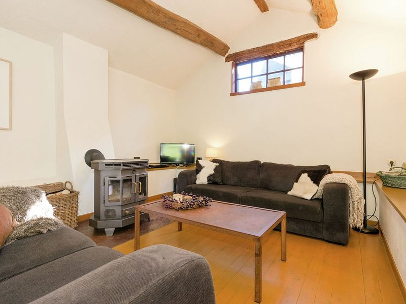 Tastefully furnished holiday residence located in the heart of the Ardennes., holiday rental in Lullange