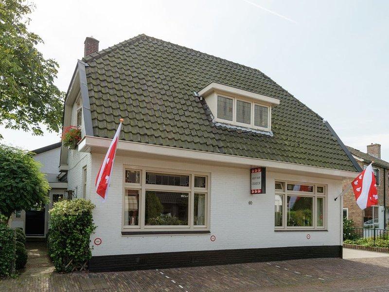 Attractive Apartment in Bergen with Garden, holiday rental in Oterleek