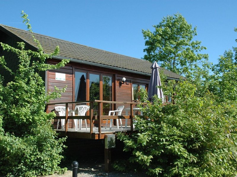 Gorgeous Holiday Home in Somme-Leuze with Terrace, holiday rental in Les Avins