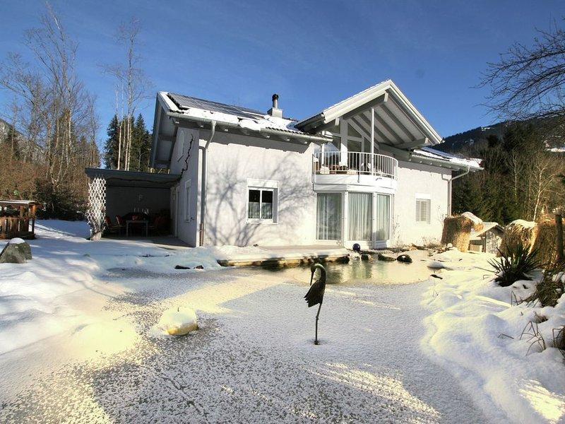 Deluxe property, near the woods, lovely garden., Ferienwohnung in Vorarlberg