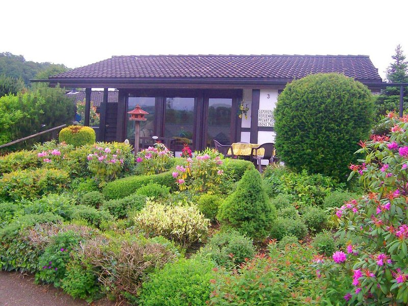 Mesmerising Holiday Home in Meschede-Hennesee with Terrace, location de vacances à Meschede