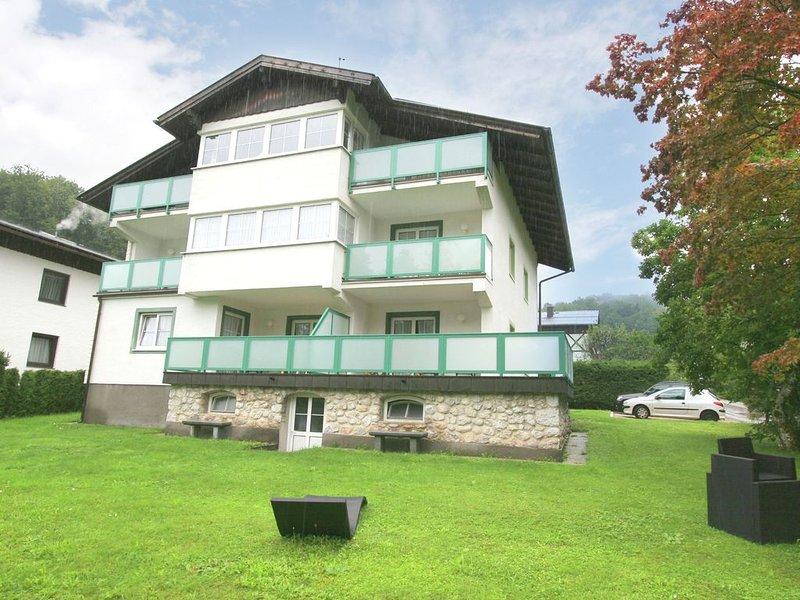 Modern Apartment in St. Wolfgang im Salzkammergut near Lake, Ferienwohnung in Attersee