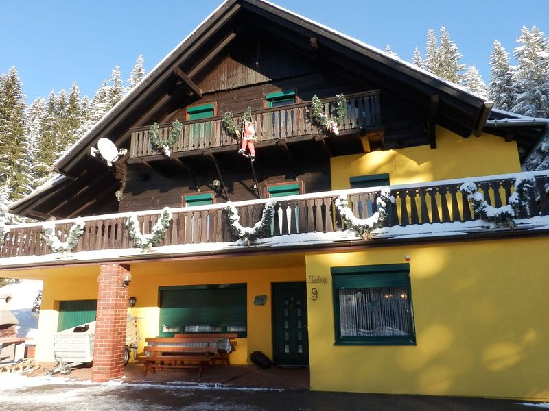 Apartment for 7 people with well-kept garden. Ideal for families., aluguéis de temporada em Sankt Stefan