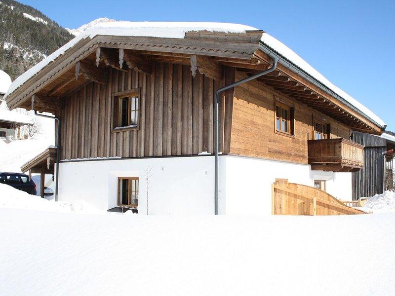 Holiday home just outside Leogang, near the large ski resort., alquiler de vacaciones en Sankt Martin bei Lofer
