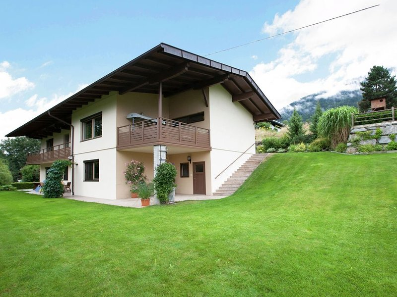 Modern property with fantastic views over the Inntall, vacation rental in Buchen