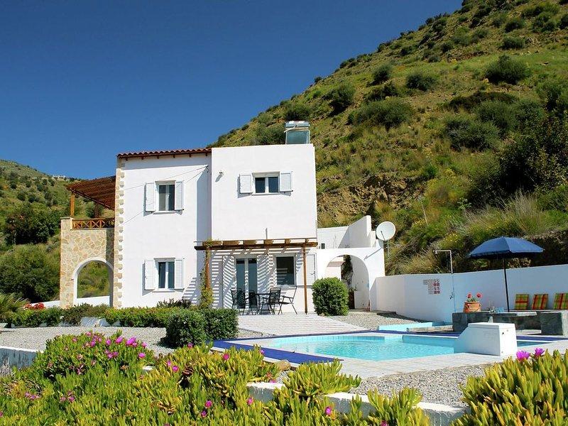 Beautiful villa at beautiful location, close to Agia Galini, South coast, holiday rental in Agios Vasileios Municipality