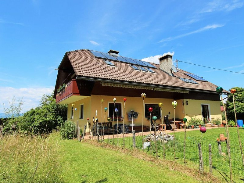 Cozy Apartment in Köttmannsdorf near Lake, holiday rental in Bodental
