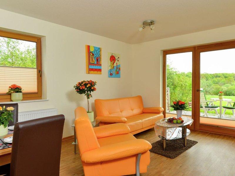Modern apartment in Mörz in the Hunsrück., location de vacances à Klosterkumbd