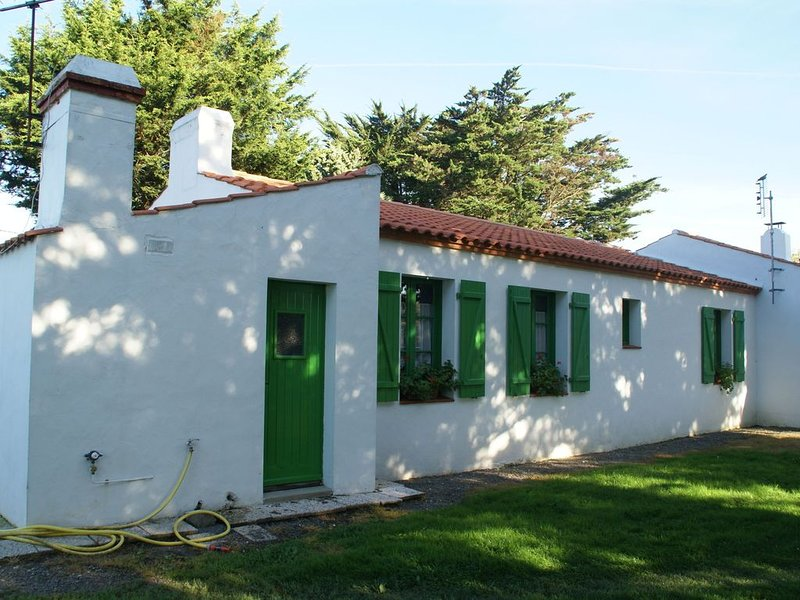 Cozy Holiday Home in Saint-Gervais with Beach Near, location de vacances à Beauvoir-Sur-Mer