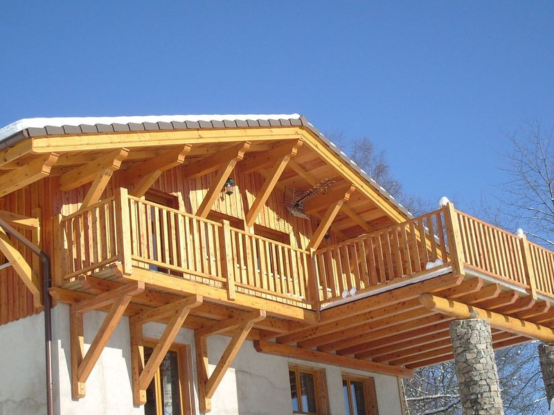Chalet in Le Thillot with Skiing & Horse Riding Nearby, alquiler vacacional en Ferdrupt