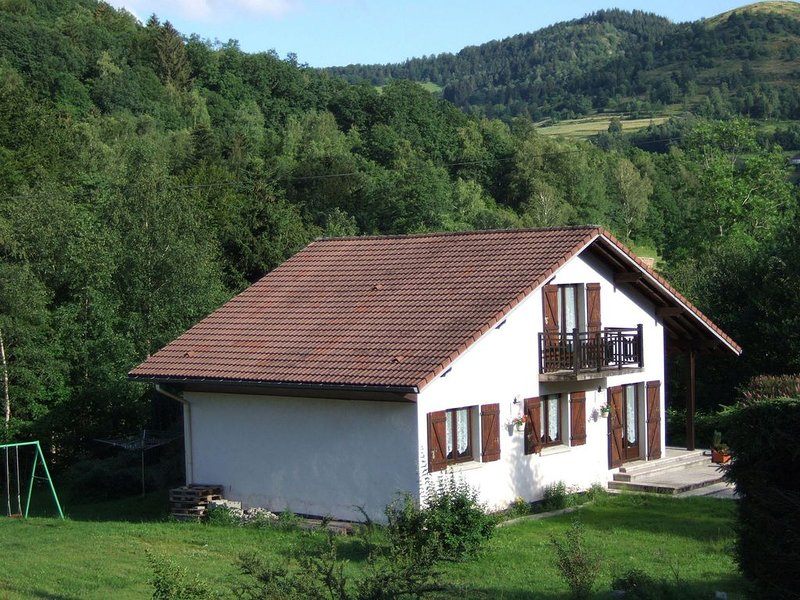 Chalet in the middle of the ski slopes, near La Bresse, alquiler vacacional en Le Thillot