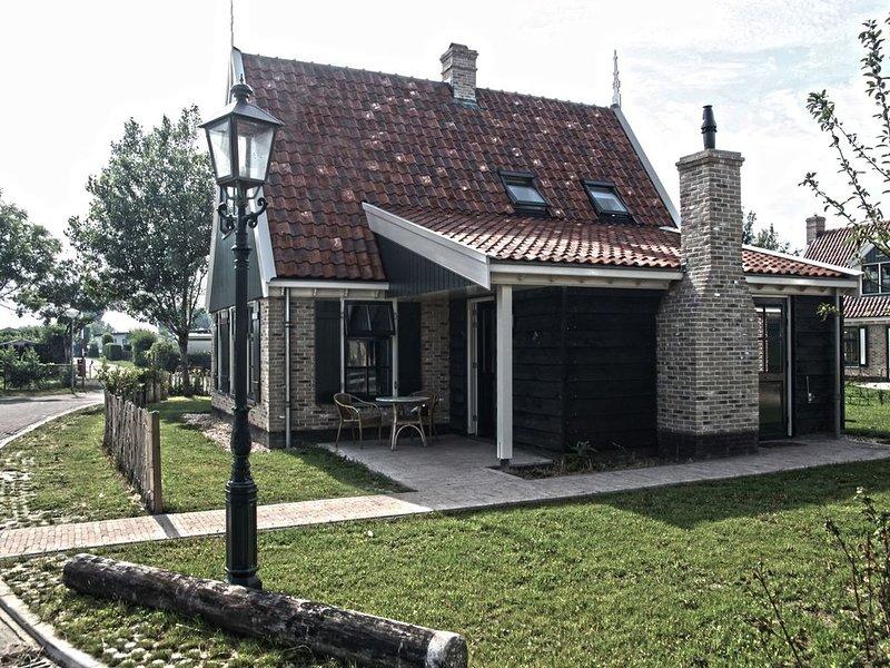 Comfy villa with garden, near the Wadden Sea, aluguéis de temporada em Westerland