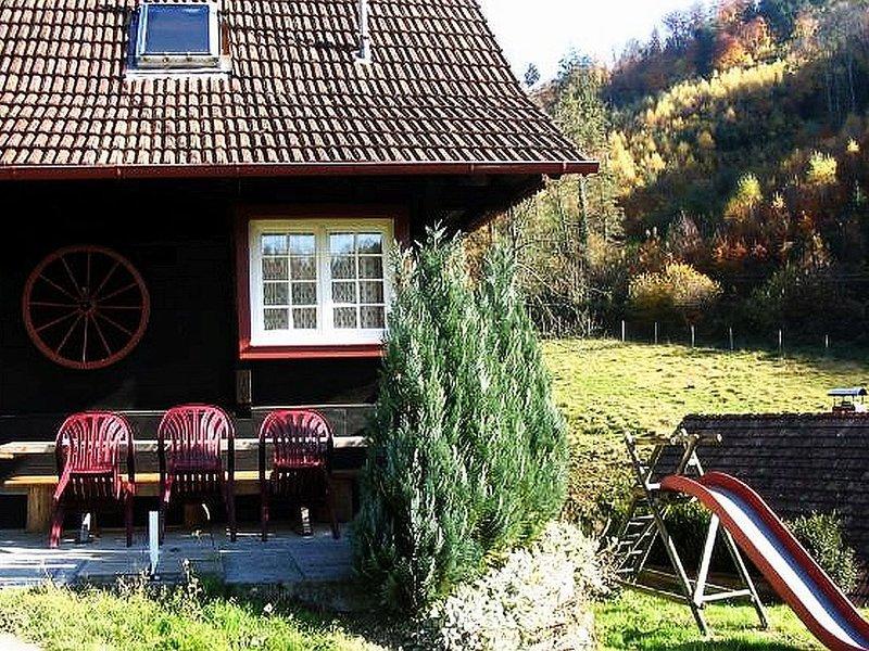 Ferienhaus mit 60 qm und 2 Schlafzimmern für maximal 5 Personen, holiday rental in Durbach