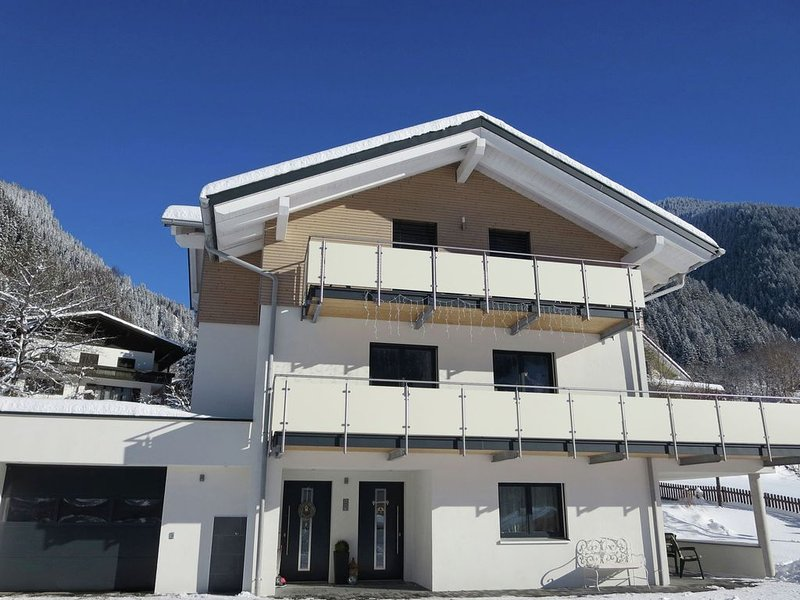 Comfortable Apartment in Gaschurn near Ski Area, holiday rental in Galtür