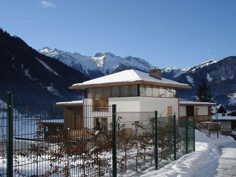Cozy Holiday Home in Wald im Pinzgau with Swimming Pool, aluguéis de temporada em Wald im Pinzgau