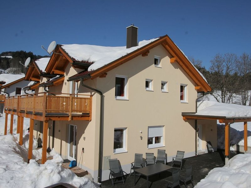 Spacious Chalet in Kötschach-Mauthen near Ski Area, holiday rental in Kotschach