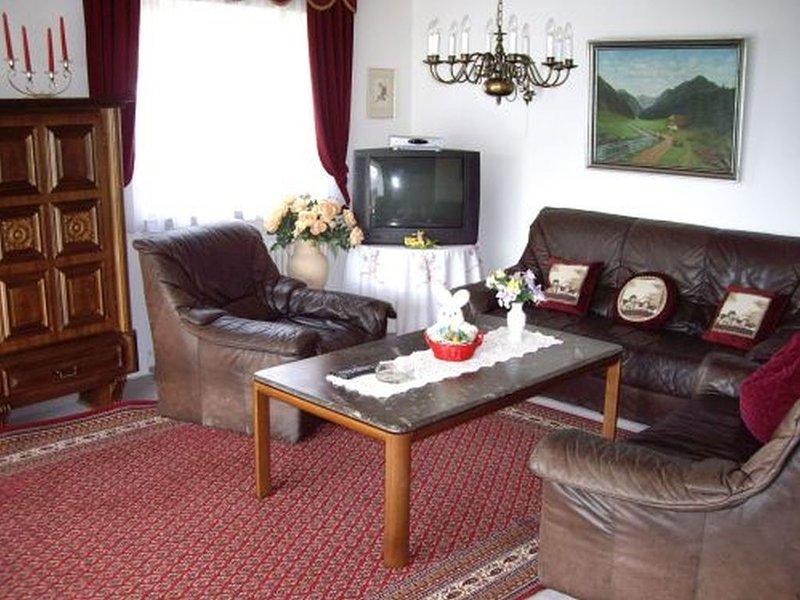 Ferienhaus 120qm, 4 Schlafzimmer, max. 8 Personen, aluguéis de temporada em St. Georgen im Schwarzwald