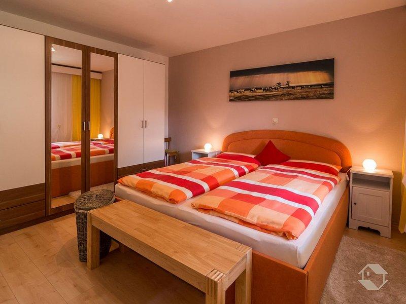 Ferienwohnung Knopf mit ca. 50 qm, 1 Schlafzimmer, für maximal 2 Personen, alquiler vacacional en Bad Wildbad