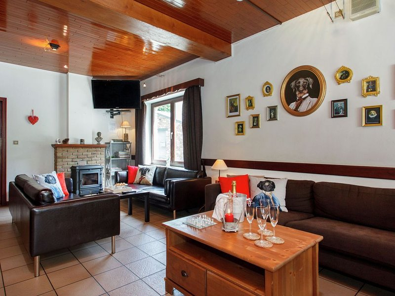 Quaint Holiday Home in Maboge with Sauna, vacation rental in La Roche-en-Ardenne