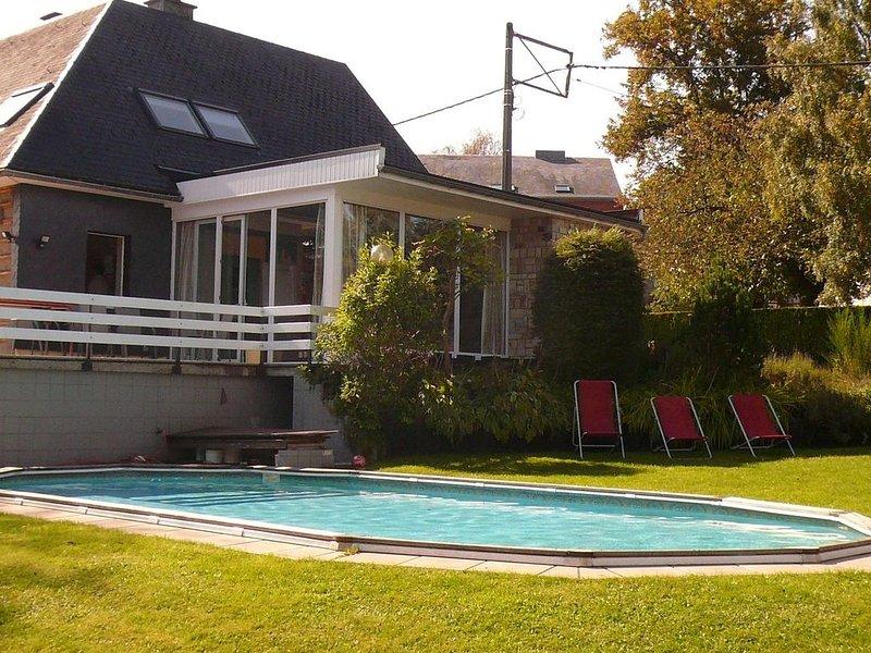 Holiday house in Waimes with sauna and swimming pool, location de vacances à Waimes