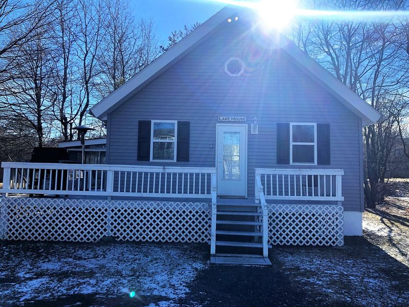 Beach/Lake Home In Towamensing Trails – semesterbostad i Albrightsville