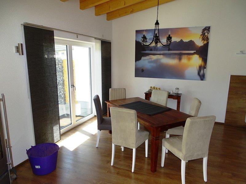 Die große Ferienwohnung, 90qm, 1 Schlafzimmer, max. 6 Personen, location de vacances à Bad Saulgau