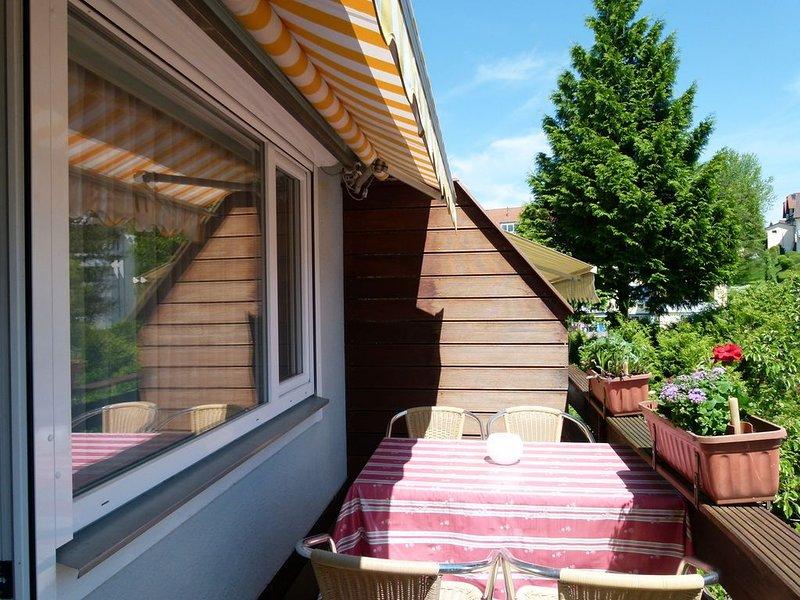 Ferienwohnung A mit 90 qm, 2 Schlafzimmern und 1 Wohn-/Schlafbereich für maximal, Ferienwohnung in Meersburg (Bodensee)