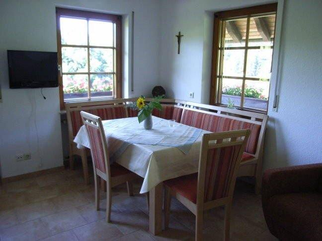 Ferienwohnung Schöne Aussicht, 50qm, 1 Schlafzimmer, max. 3 Personen, aluguéis de temporada em Oberharmersbach