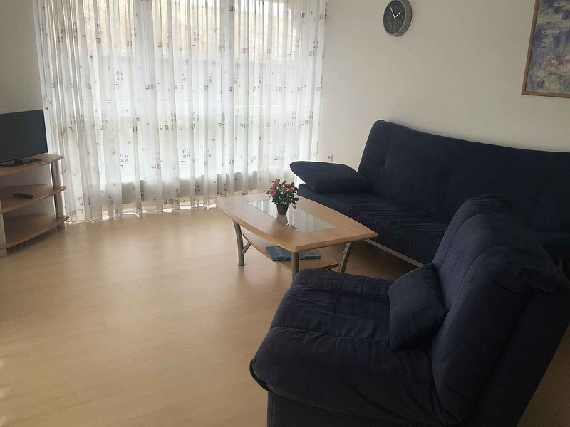 Ferienwohnung 1, 70qm, 2 Schlafzimmer, max. 6 Personen, vacation rental in Stockach