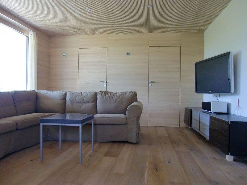 Nichtraucher-Ferienwohnung mit ca. 60qm, 2 Schlafzimmer, für maximal 4 Personen, vacation rental in Stockach