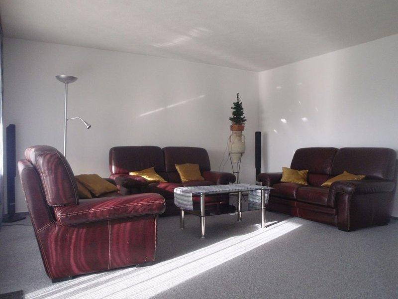 Ferienwohnung 1, 90qm, 3 Schlafzimmer, 1 Wohn-/Schlafzimmer, max. 7 Personen, holiday rental in Eichenberg