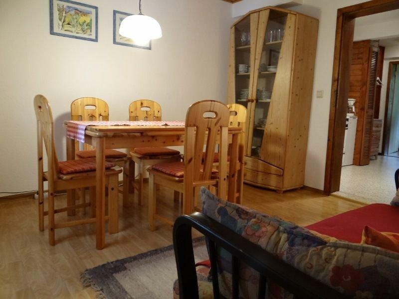 Ferienwohnung 2, 2 Schlafzimmer, für max. 4 Personen, aluguéis de temporada em St. Georgen im Schwarzwald