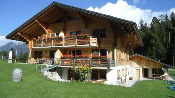 Ferienwohnung Oey für 3 - 4 Personen mit 1 Schlafzimmer - Bauernhaus, vacation rental in Spiez