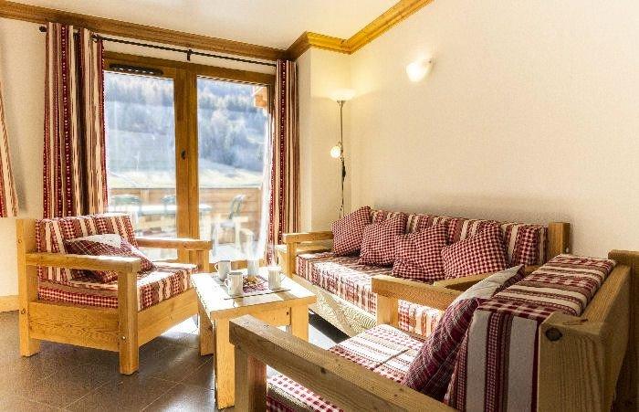 Résidence Le Critérium*** - 4 Pièces 6 Personnes, vacation rental in Val-Cenis
