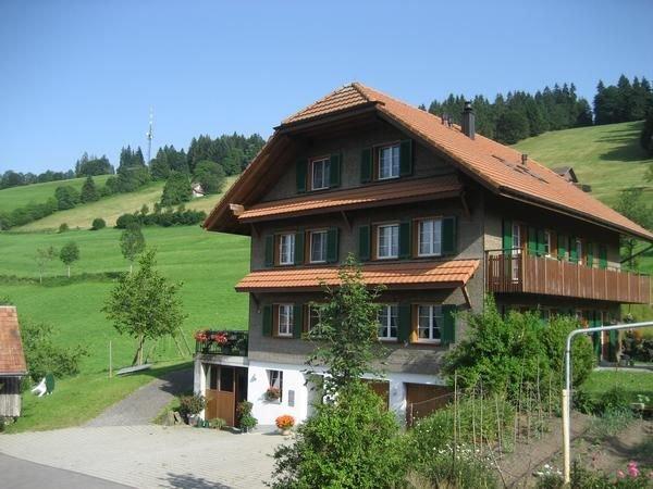 Ferienwohnung Schüpfheim für 5 - 6 Personen mit 2 Schlafzimmern - Ferienwohnung, alquiler vacacional en Fluehli