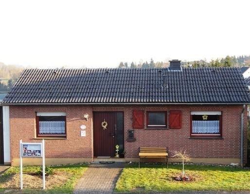 Ferienhaus Esch für 1 - 6 Personen - Ferienhaus, holiday rental in Birgel