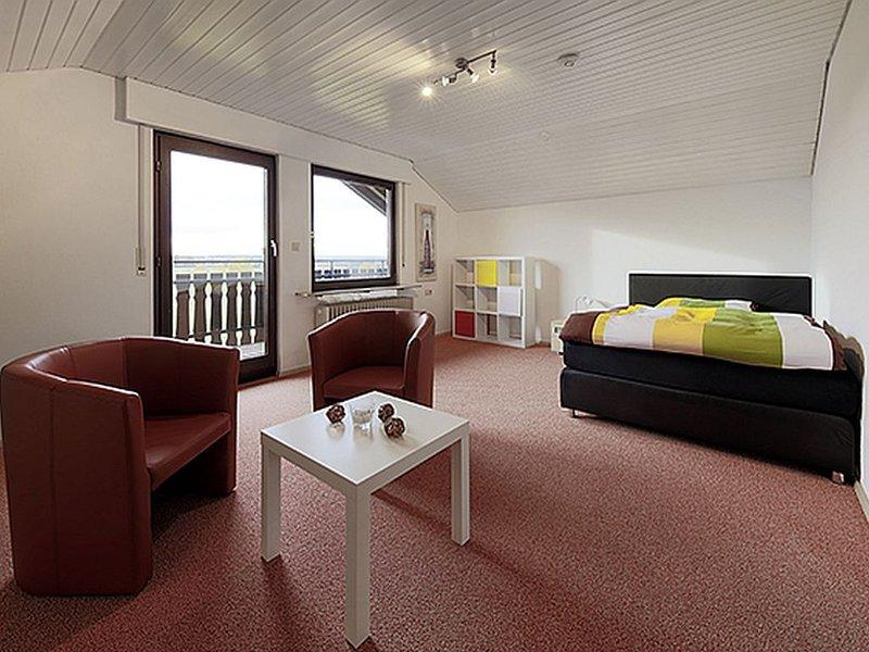 Ferienwohnung 64qm, 2 Schlafzimmer, max. 4 Personen, aluguéis de temporada em Waldachtal