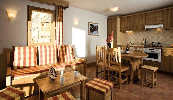 Résidence Club MMV Le Hameau des Airelles**** - 4 pièces 8 personnes+, holiday rental in Montgenevre