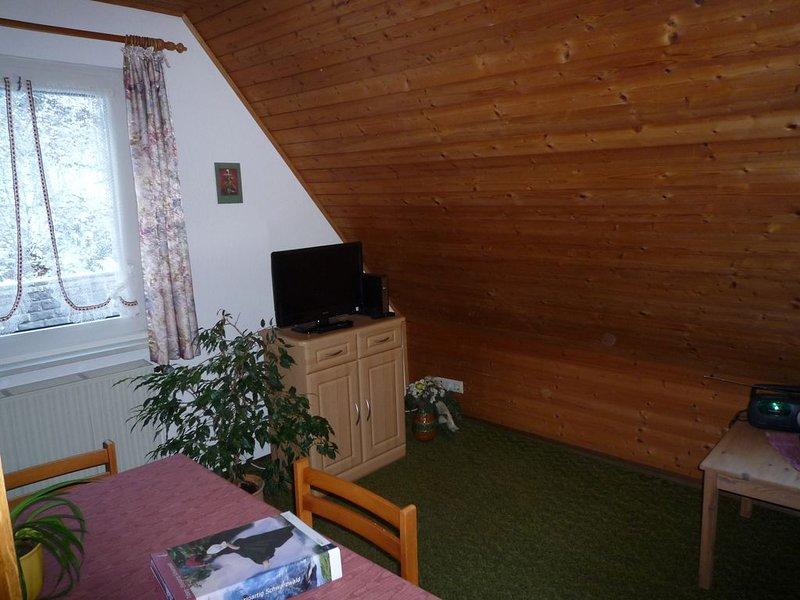 Ferienwohnung 2 mit 35qm, 1 Schlafzimmer, für maximal 2 Personen, aluguéis de temporada em St. Georgen im Schwarzwald