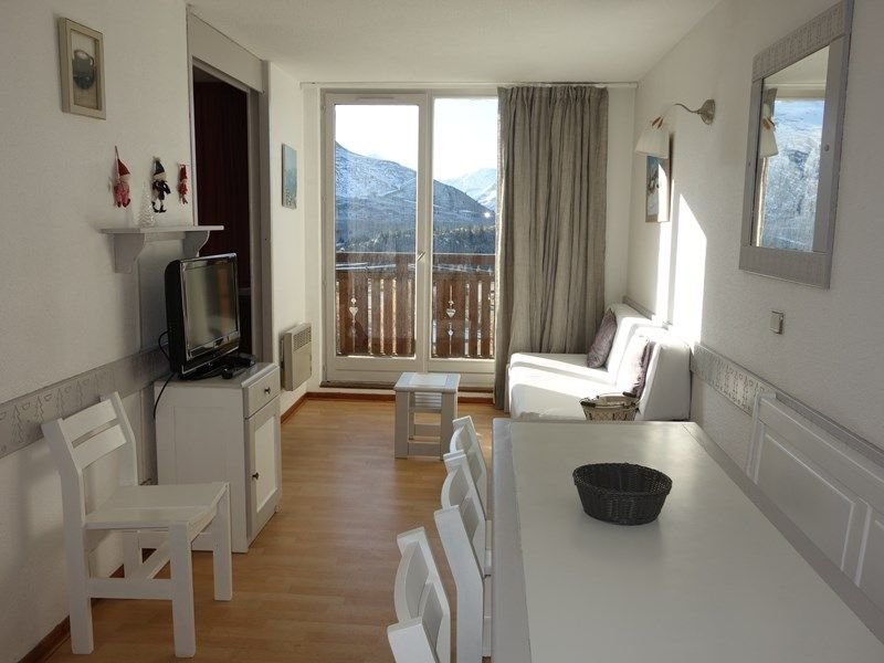APPARTEMENT ALPE D'HUEZ QUARTIER BERGERS, vacation rental in La Garde
