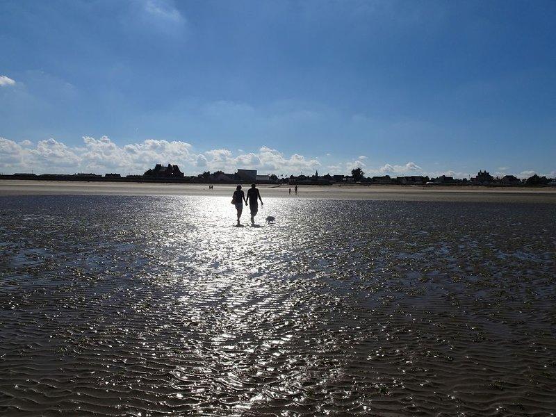 Manche Normandie Quinéville 100 m de la mer, Saint Vaast la Hougue terrain clos., Ferienwohnung in Manche