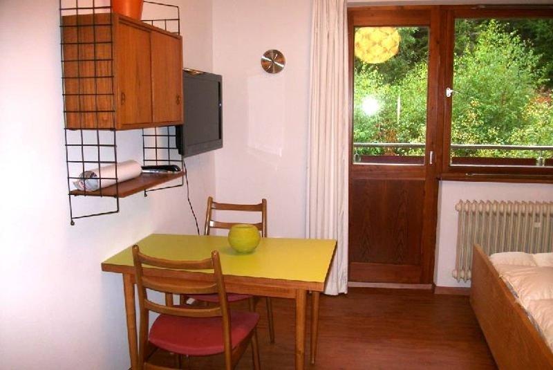 Ferienwohnung 4, 16,5qm, 1 Wohn-/Schlafraum, holiday rental in Laufenburg