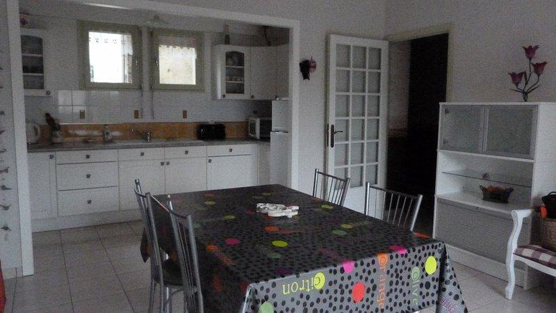 Appartement dans le vieux DINAN, location de vacances à Saint-Samson-sur-Rance