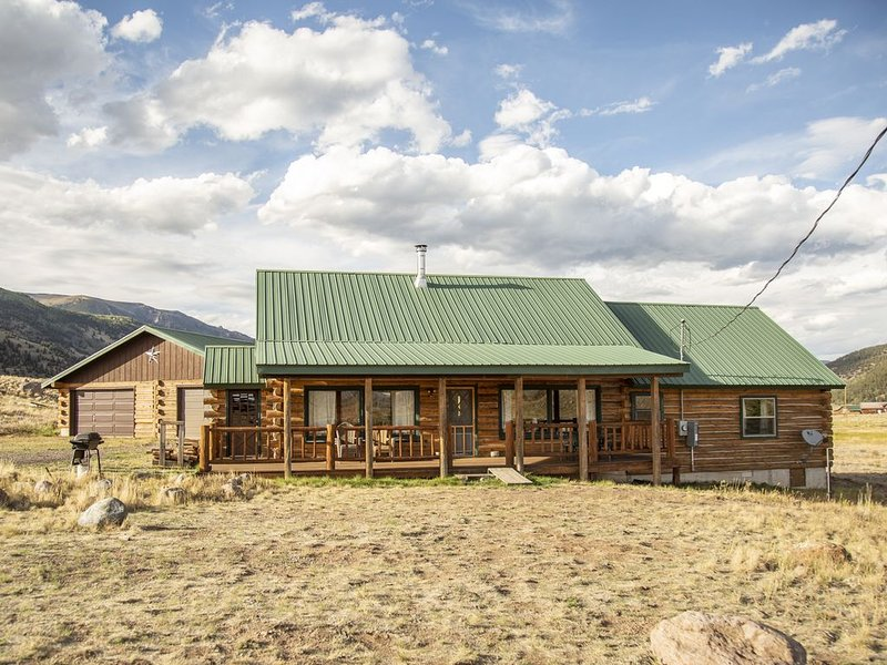 Is the Perfect Mountain Getaway, holiday rental in Creede