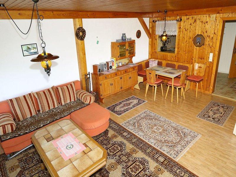 Ferienwohnung mit ca. 70 qm, 1 bis 2 Schlafzimmer, für maximal 4 Personen, vacation rental in Furtwangen