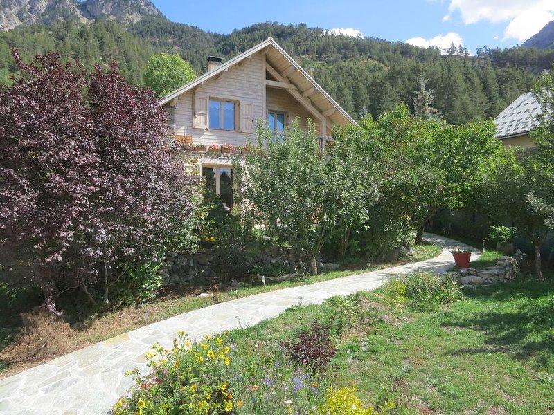 Les Alberts ( vallée de La Clarée) Montgenèvre 1400 ( 3 étoiles ), holiday rental in Val-des-Pres