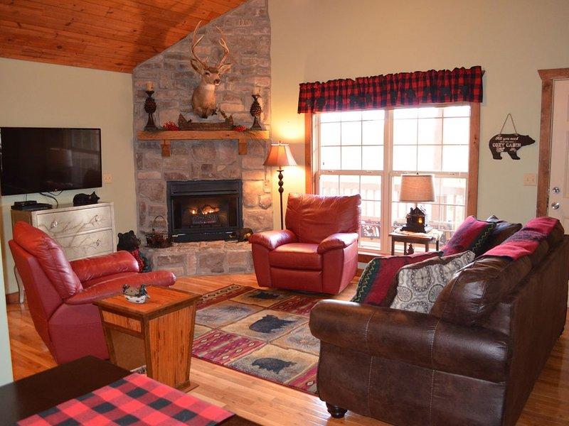 DOGWOOD LODGE at Stonebridge nestled in the Ozarks Branson, MO., casa vacanza a Galena