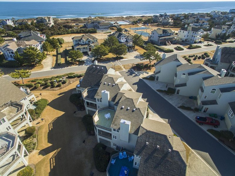 Villa Del Mar, 5-star Villa, oceanside, 650 feet from the beach – semesterbostad i Corolla