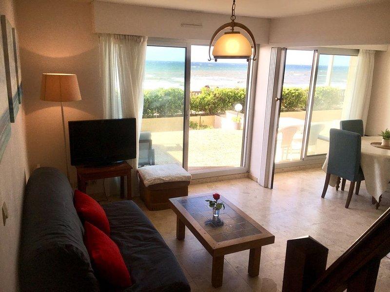 Beau duplex face à la mer, à deux pas du Grand Hotel, vacation rental in Cabourg